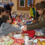Коледен базар в училището ни  Вижте още ->
